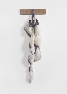 Dierdre Pearce, memento, 2014. Found objects, sand, wood, natural dyes, cotton thread.Photograph David Paterson.
